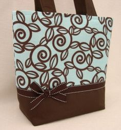How to Make Tote Bags | love the color and the style ... not so much the print