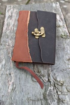 Leather Bound Books, Journals & Diaries - Evancliffe Leathercraft www.evancliffeleather.co.uk640 × 960Search by image Hand Bound Leather Journal with Brass Finish Clasp- Google Search