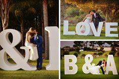 Letras gigantes para las fotos de la boda