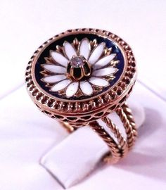 Vintage Solid 14k Yellow Gold, Enamel, & Diamond Daisy Ring One Of A Kind