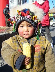 Eating corn-adorable