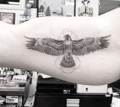 Dr. Woo Tattoo Artist | Half Needle Tattoo | Falcon