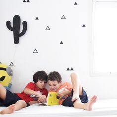 Create a fun room for your children with the triangle wall stickers #ChildrenRoomDecor #WallStickers #WallDecal #kidsroomdecor