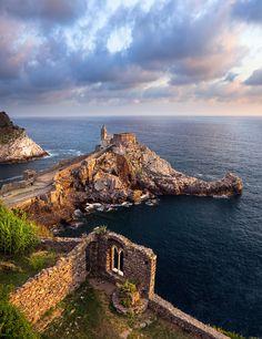 PORTRAITS DE PHOTOGRAPHES #2 - Tomáš Vocelka, Portovenere, Cinque Terre