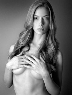 pinterest.com/fra411 #face -  Hannah Ferguson