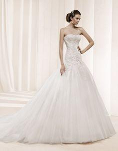 La Sposa Detalle #trouwjurk  #bruidsjapon  #weddingdress