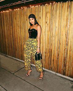 Cute Fashion, Fashion Pants, Fashion Looks, Fashion Outfits, Women's Fashion, Female Outfits, Parisian Fashion, Bohemian Fashion, Fashion Lookbook
