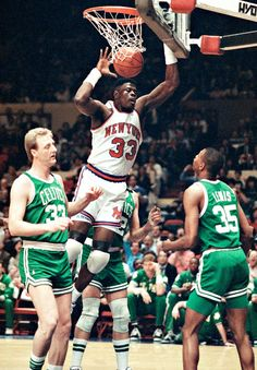 New York Knicks' Top 10 Playoff Moments New York Basketball, Basketball Legends, Basketball Uniforms, Sports Basketball, Basketball Players, Louisville Basketball, Celtics Basketball, College Basketball, Sports Images