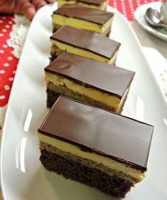 """Se numeşte aşa pentru că are gust puternic de rom şi te face să te """"îmbeţi"""" de plăcere. E extrem de gustoasă, se prepară rapid şi arată foarte bine. Sweets Recipes, No Bake Desserts, Easy Desserts, Cookie Recipes, Romanian Desserts, Romanian Food, Different Cakes, Sweet Cakes, Food To Make"""
