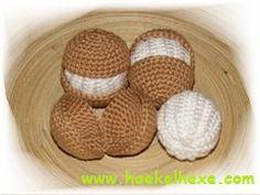 süße Leckereien Cupcakes, Eclair, Chrochet, Knitting, Breakfast, Food, Amigurumi, Crochet Food, Castle Diaper Cakes