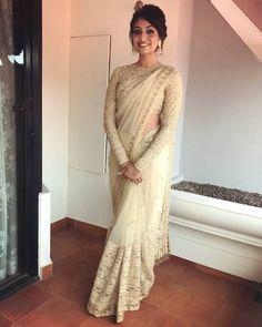 Engagement saree or after shaadi party Indian Engagement Outfit, Engagement Saree, Dress Indian Style, Indian Dresses, Indian Wear, Indian Outfits, White Saree Wedding, White Bridal, Designer Sarees Wedding