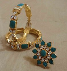 how to pick wedding jewelry Gold Necklace Simple, Gold Jewelry Simple, 18k Gold Jewelry, Pendant Jewelry, Gold Pendant, Pearl Jewelry, Gold Earrings, Kundan Jewellery Set, Kundan Bangles