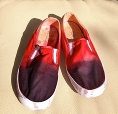 Craft Geek: Color Blocked Tye Dye Shoes #colorblock #dye #thrifty #refashion