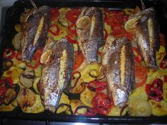 Sea Bass in Οven Greek Recipes, Fish Recipes, Seafood Recipes, Snack Recipes, Cooking Recipes, Healthy Recipes, Food N, Food And Drink, Cyprus Food