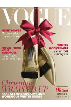 Vogue UK December Christmas supplement, in association with Westfield, features everything you need to buy (or gently hint at) wrapped up in a big red bow. Christmas Shoes, Christmas Mood, Christmas Fashion, Christmas Wrapping, Xmas, Holiday, Christmas Editorial, Foto Still, Vogue Covers