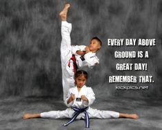 home of the hottest martial arts kicking photos on the planet. Dojo, Karate Photos, Karate School, Taekwondo Girl, Karate Training, Karate Kick, Martial Arts Workout, Hapkido, Kids Scrapbook