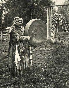 Historical photographs>>A Shaman. Altai Turks. Tomsk Governate, Biysk Province.