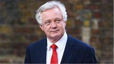 Brexit minister Northern Ireland meets Foster and Ó Muilleoir - BBC News