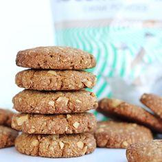 Mogyorós zabkeksz 11db - NAGYON JÓ Cookies, Food, Mint, Crack Crackers, Biscuits, Essen, Meals, Cookie Recipes, Yemek