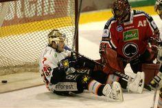 Ville Leino and white skates. Freddie Mercury, Skates, Golf Bags, Finland, Robin, Hockey, Villa, Sports, Hs Sports
