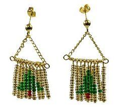 Find a pair of DIY earrings for every day in December in 31 DIY Christmas Earrings!