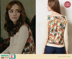 Emma's floral back sweater on Bates Motel.  Outfit Details: https://wornontv.net/31972/ #BatesMotel