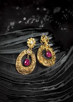 Glam gold by Tanishq
