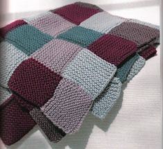 Ravelry: Winter Squares Pattern B - Diy Crafts - Marecipe Crochet Baby Blanket Free Pattern, Hand Knit Blanket, Crochet Bedspread, Knitted Blankets, Crochet Patterns, Diy Crafts Knitting, Loom Knitting, Knitting Projects, Baby Knitting