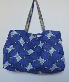 Sac de plage.... - 3filles-et-dufil Sewing Tutorials, Sewing Projects, Sewing Patterns, Clutch Bag, Crossbody Bag, Arts And Crafts Projects, Strand, Reusable Tote Bags, Gucci
