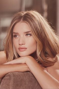 Rosie Huntington-Whiteley To Launch Beauty Collection? (Vogue.com UK)