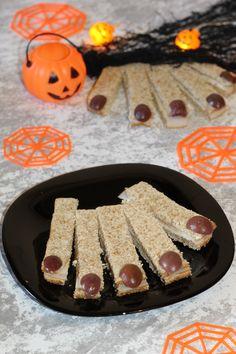 #halloween #halloweenfood #halloweenfoodforparty #halloweenideasforkids #halloweenwitch #halloweenrecipes #halloweenfoodeasy #halloweenfoodspooky #halloweenbuffet #halloweenfoodsimple #pestibubboniche #hl2019 Halloween Buffet, Halloween Food For Party, Dolce, Grande, Sausage, Anna, Crafting, Cooking, Recipes