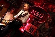 Die niederländische Formation M&G stand im Panoptikum in Lüdenscheid auf der Bühne. (Foto: Björn Othlinghaus). Mit der Formation M&G – die Abkürzung steht für Meijer & de Groot &#…