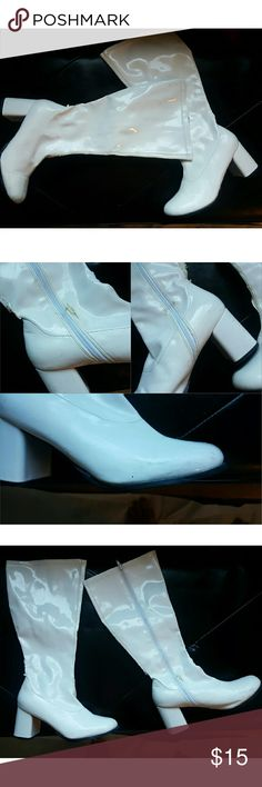 White Boots I wore these boots with my Princess Leia costume.  Still has more life to it. Wear as shown in pics.  The boots  has some peeling .  I DO NOT TRADE   Use the offer button if interested  #cosplay #halloween #princessleia #costume Shoes