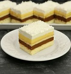 Romanian Desserts, Romanian Food, Cake Recipes, Dessert Recipes, Vanilla Cake, Sweet Treats, Cheesecake, Food And Drink, Yummy Food