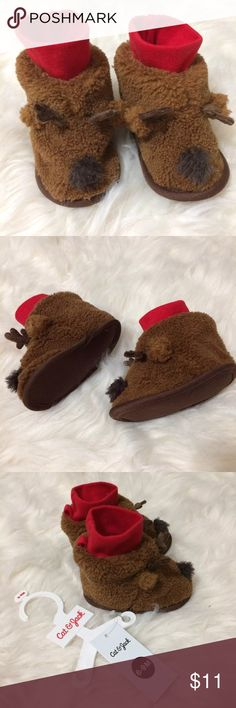 🎀Baby Booties Fur🎀 Beautiful brown booties for baby 6-9 Months. New with tag. Very cozy and soft for this cold weather.   Tags mom baby maternity pregnancy home daddy baby girl boy clothes closet children shoes pj winter cold snow etc cat & jack Shoes