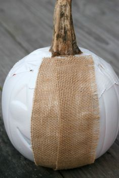 Upcycle a dollar store plastic pumpkin bucket into a gorgeous burlap-covered pumpkin! Burlap Pumpkins, Sweater Pumpkins, Fabric Pumpkins, Fall Pumpkins, Burlap Projects, Burlap Crafts, Craft Projects, Craft Ideas, Dyi Crafts