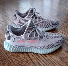 Yeezy grey Supreme Clothing, Yeezy Outfit, Star Clothing, Fresh Kicks, Yeezy Shoes, Water Shoes, Style Men, Sock Shoes, Goat