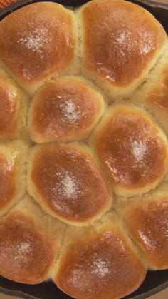 Kelsey's Essential Rapid Rolls are the perfect holiday bread-in-a-hurry. Kelsey's Essential Rapid Rolls are the perfect holiday bread-in-a-hurry. Homemade Dinner Rolls, Dinner Rolls Recipe, Quick Dinner Rolls, Homemade Yeast Rolls, Homemade French Bread, Homemade Breads, Food Network Recipes, Cooking Recipes, Challah Bread Recipes