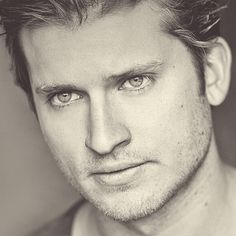 Tom Weston-Jones aka Detective Kevin Corcoran on BBC America's Copper Hot British Actors, British Boys, Hot Actors, Copper Tv Series, Tom Weston Jones, Handsome Male Actors, Really Hot Guys, Bbc Tv Series, About Time Movie