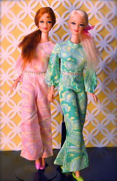 Vintage Barbies - Mod Era Twist n' Turn Stacey dolls.....definitely the swinging 60's! Look at their MOD outfits!!