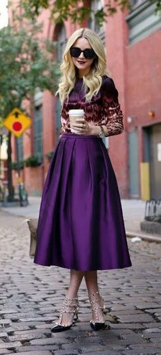 83d675484375e785442719674656006a 12 Gorgeous Ways to Wear a Midi Skirt