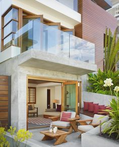 Balcony Above Patio Patio Tropical With Cement Exterior Traditional Outdoor  Throw Pillows