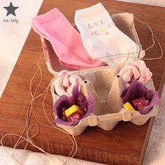 Caja personalizada lila para Trillizas. http://www.iunacreations.com/canastilla-trillizas/