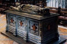 Important facts  John was known as John Lackland. He died in 1216 and was placed in the tomb above. He did on the 16th of October in Newark Castle. On 24th of August, 1200 he married Isabelle of Angouleme