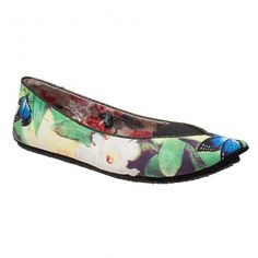 Royal Flush - These flat shoes featuring a garden themed print will be a great addition to your summer look.