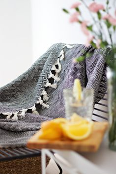 Hamam-viltti Frigiliana full pattern (musta) | Urban, Beige, Ethnic Recipes, Pattern, Black, Food, Black People, Patterns, Essen