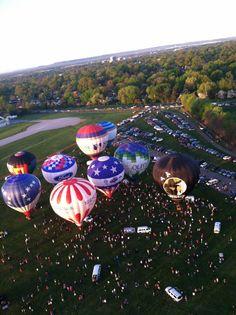 Bowman field hot air balloon launch Kentucky derby festival 2014