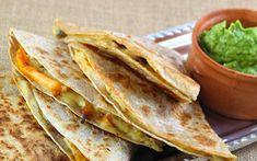 Cheesy Cashew Quesadillas [Vegan, Grain-Free] - One Green PlanetOne Green Planet Vegan Mexican Recipes, Vegan Lunch Recipes, Vegetarian Lunch, Delicious Vegan Recipes, Vegan Dinners, Veggie Recipes, Vegan Food, Vegan Quesadilla, Quesadilla Recipes