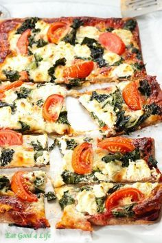 Pizza de queso de cabra y col rizada | 22 Platos vegetarianos ricos en proteína y bajos en calorías