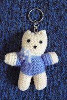 petits doigts de fée: Tricot-jouet: un porte-clef chat
